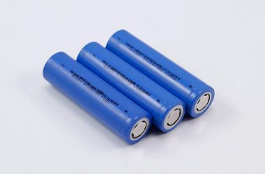 What's the differences between 18650 battery and Li-polymer battery