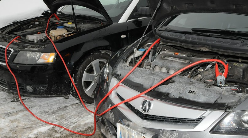 What should we do if car battery suddenly loses power2